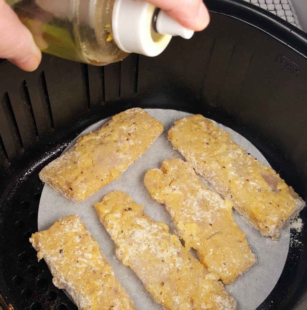 Học cách làm cá tẩm bột chiên giòn bằng nồi chiên không dầu giống Tăng Thanh Hà, hóa ra ngọc nữ cũng là fan của món đồ bếp này - ảnh 5