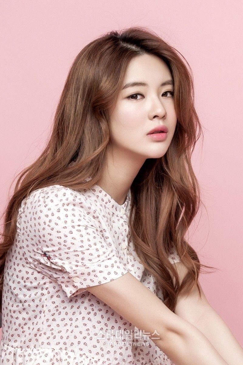 Lee Sun Bin – bạn gái Lee Kwang Soo gây xúc động khi nhắn nhủ bạn trai sau 11 năm ở Running man - ảnh 1