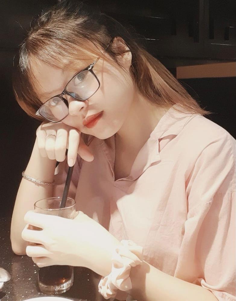 Huệ Nguyễn – Nữ sinh chống dịch Covid-19 than chưa có người yêu, netizen bình luận cười ra nước mắt - ảnh 3