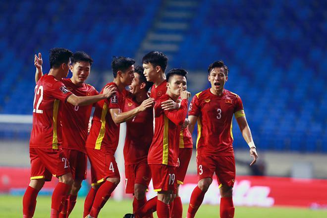 Bố cầu thủ Tiến Linh nói gì sau khi con trai ghi bàn thắng đầu tiên cho tuyển Việt Nam ở trận đấu đêm qua? - ảnh 1