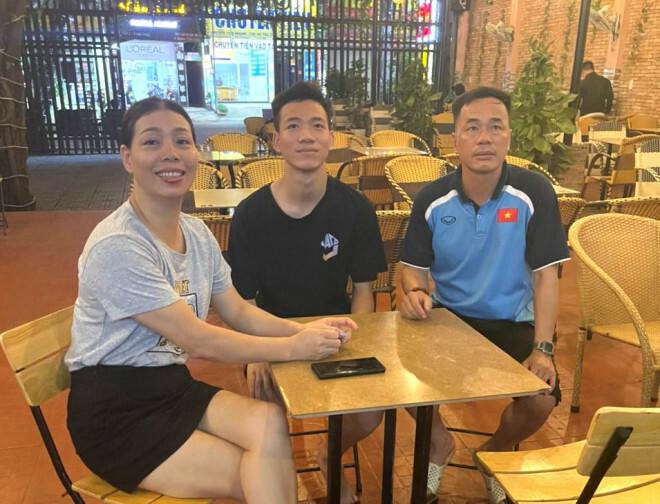 Bố cầu thủ Tiến Linh nói gì sau khi con trai ghi bàn thắng đầu tiên cho tuyển Việt Nam ở trận đấu đêm qua? - ảnh 4