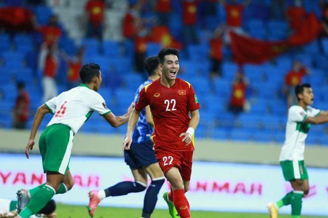 Bố cầu thủ Tiến Linh nói gì sau khi con trai ghi bàn thắng đầu tiên cho tuyển Việt Nam ở trận đấu đêm qua? - ảnh 2