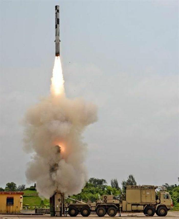 Tên lửa siêu thanh BrahMos thành ''sát thủ'' đánh chặn - ảnh 5