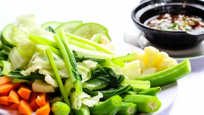 Ăn chay giúp giảm nguy cơ mắc Covid-19 mức độ nặng - ảnh 1