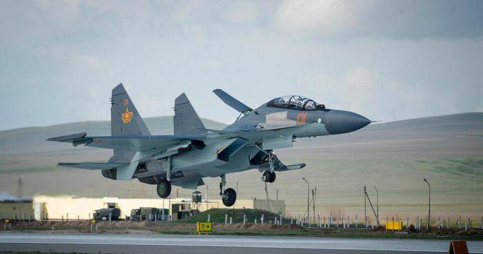 Su-30SM Nga áp sát buộc F-35 NATO phải đổi hướng bay - ảnh 24