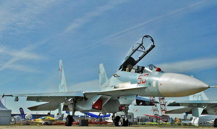 Su-30SM Nga áp sát buộc F-35 NATO phải đổi hướng bay - ảnh 13