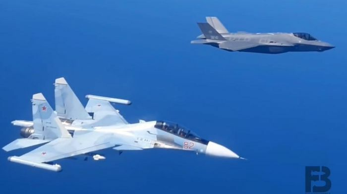 Su-30SM Nga áp sát buộc F-35 NATO phải đổi hướng bay - ảnh 5