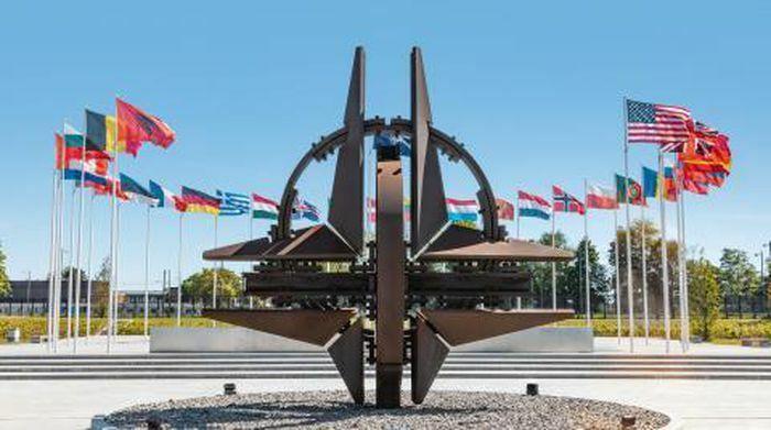 NATO quyết đấu công nghệ cao với Nga-Trung - ảnh 1