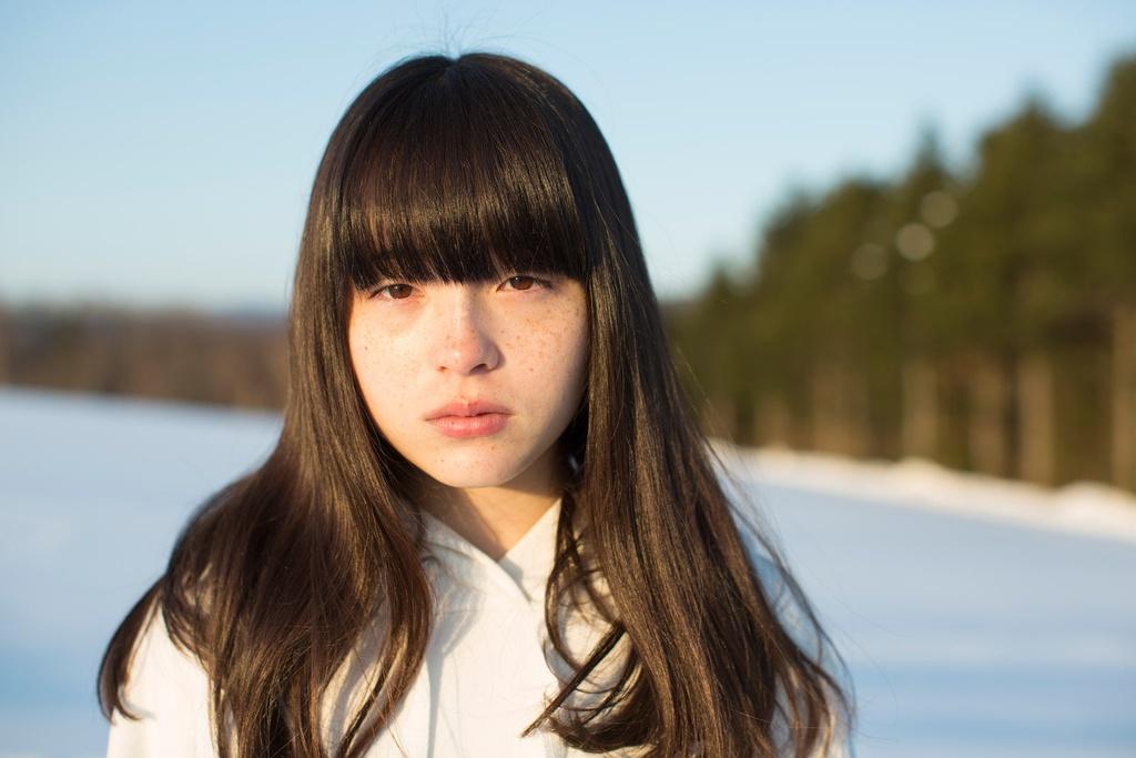 8 người mẫu nổi bật với gương mặt nhiều tàn nhang - ảnh 9