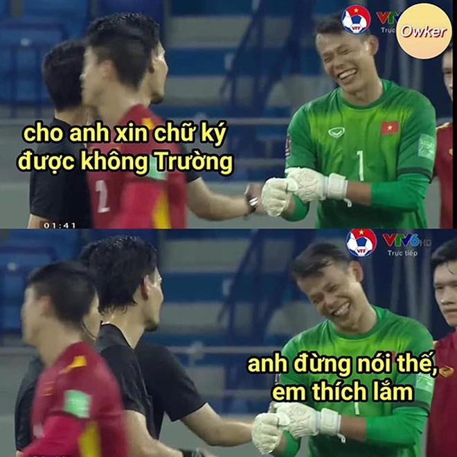 Loạt ảnh chế hài hước của dân mạng sau trận Việt Nam thắng Malaysia - ảnh 2