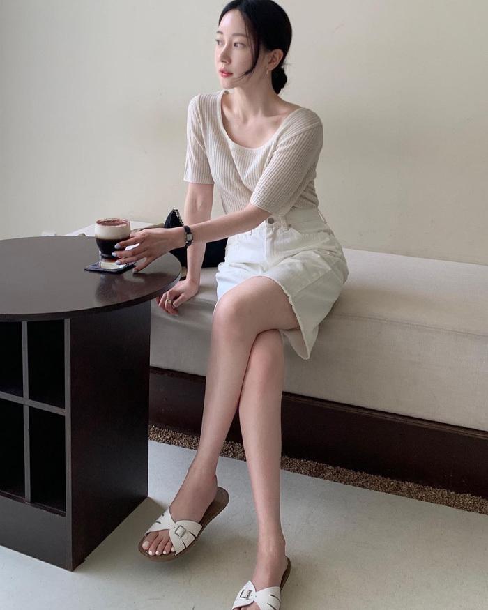 Chị em nên học gái Hàn mặc set đồng màu để sành điệu trong tích tắc - ảnh 7