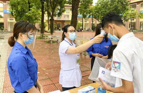 Huyện Gia Lâm: An toàn, nghiêm túc trong ngày thi đầu tiên vào lớp 10 THPT - ảnh 2