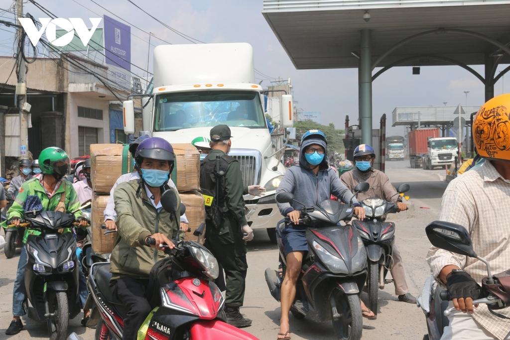 Đồng Nai kêu gọi ai đến Bệnh viện Bệnh nhiệt đới khẩn trương khai báo y tế - ảnh 2