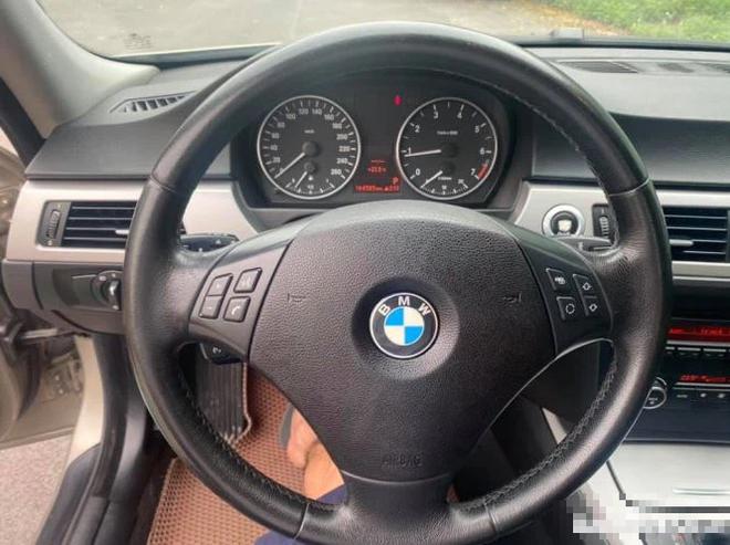 Ô tô hạng sang BMW 3 series nổi tiếng một thời tụt giá sâu, chưa tới 300 triệu đồng – có đáng để đầu tư? - ảnh 5