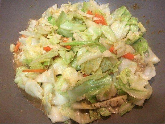 Món ngon cuối tuần: Cách làm rau xào kiểu Nhật siêu dễ mà cực ngon - ảnh 3