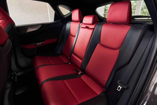 Ra mắt Lexus NX 2022: Nhìn qua dễ nhầm thành Porsche Macan, thêm 4 màn hình khổng lồ, đáp trả Mercedes-Benz GLC - ảnh 11