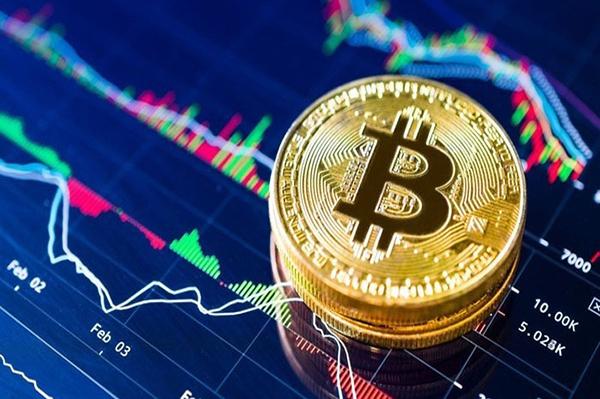 Bitcoin giảm 3.000 USD, nhiều đồng tiền ảo mất 10-20% giá trị - ảnh 2