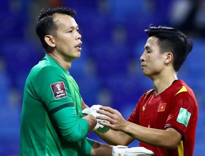 Chiến thuật ''chơi dao hai lưỡi'' của tuyển Việt Nam - ảnh 1