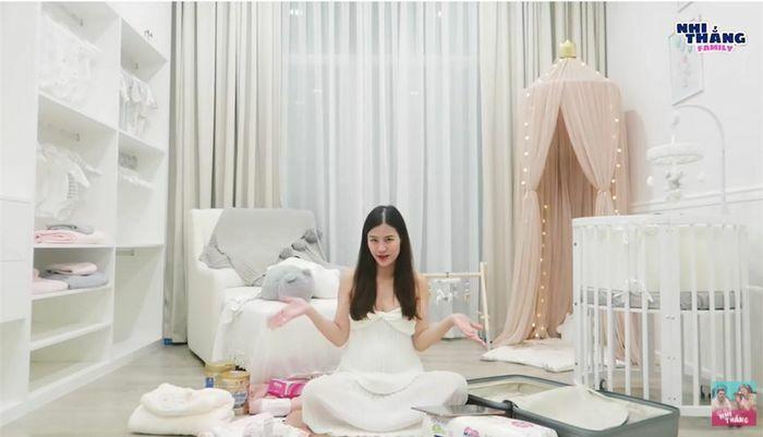 Những căn phòng đẹp lung linh của các công chúa, hoàng tử nhà sao Việt - ảnh 3