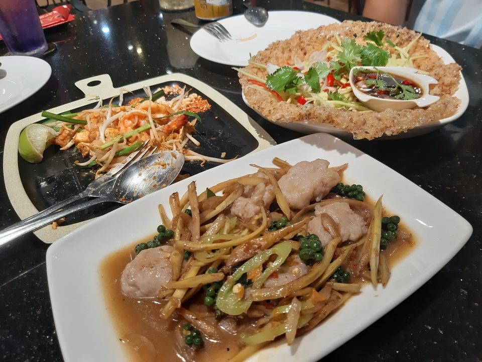 Trải nghiệm ẩm thực người Thái để thấy tương đồng và khác biệt món ăn Việt - ảnh 2