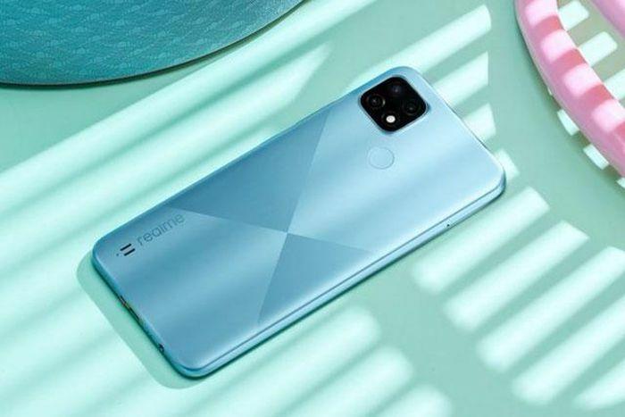 Smartphone RAM 4 GB, 3 camera sau, pin 5.000 mAh, giá 3,99 triệu tại Việt Nam - ảnh 3