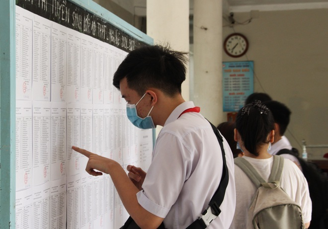 Đà Nẵng: Lấy mẫu xét nghiệm Covid-19 cho hơn 13.000 thí sinh thi vào lớp 10 - ảnh 1
