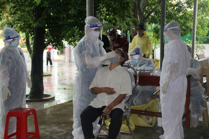 CẬP NHẬT DỊCH 13/6: Hơn 1.000 mẫu F1 ở Hà Tĩnh âm tính với SARS-CoV-2 - ảnh 1