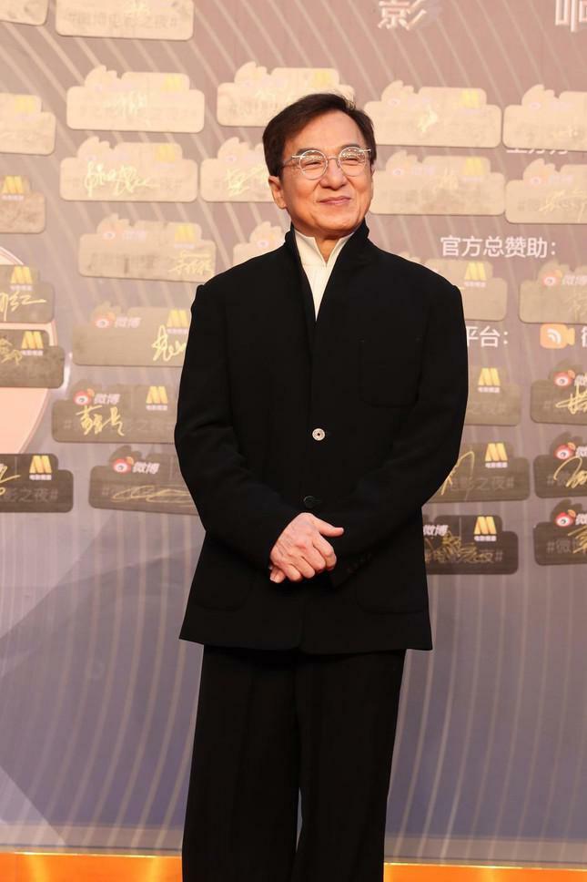 Dàn nàng thơ của Trương Nghệ Mưu 'đổ bộ' thảm đỏ Đêm Điện ảnh Weibo - ảnh 16