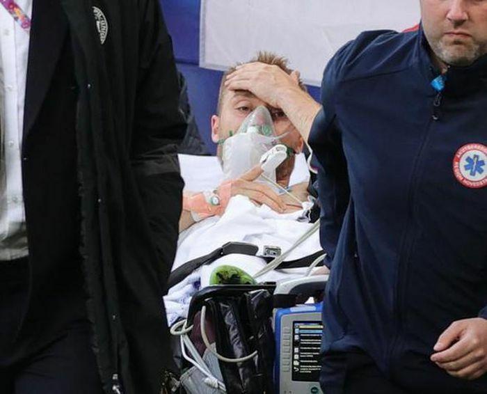 Eriksen qua cơn nguy kịch sau khi đột quỵ ngay trên sân - ảnh 4