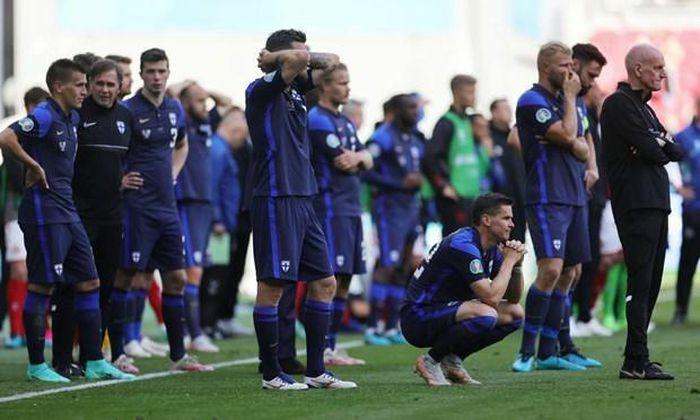 Tiền vệ Christian Eriksen của Đan Mạch bất tỉnh ngay trên sân - ảnh 3