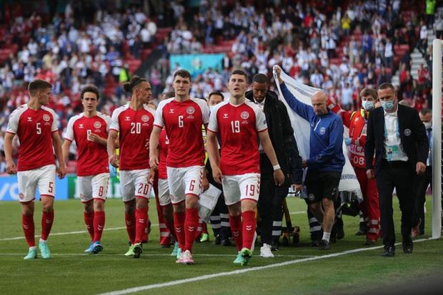Kiên cường trở lại sân sau sự cố kinh hoàng, Đan Mạch lại thua đau Phần Lan dù được đá penalty - ảnh 4