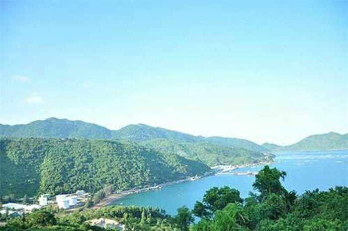 Phú Yên - Xứ sở biển xanh, mây trắng, cảnh sắc đẹp hơn cả trên phim ảnh - ảnh 4