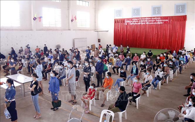 Các tỉnh của Lào hỗ trợ địa phương Việt Nam phòng, chống dịch COVID-19 - ảnh 3