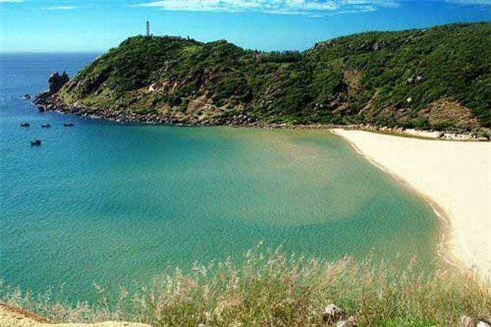 Phú Yên - Xứ sở biển xanh, mây trắng, cảnh sắc đẹp hơn cả trên phim ảnh - ảnh 2