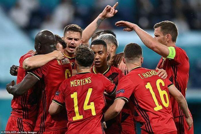 Lukaku lập cú đúp, Bỉ khởi đầu như mơ tại EURO 2020 - ảnh 1