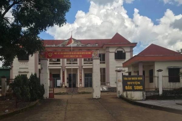 Chánh án TAND tỉnh Đắk Nông thông tin vụ tòa án huyện lập khống 57 hồ sơ - ảnh 2