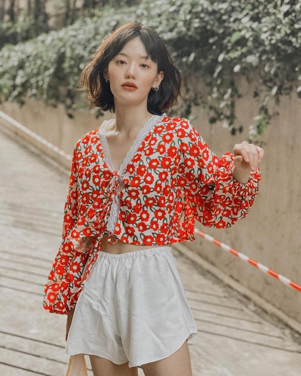 Hot girl Thái Lan có gu ăn mặc nổi tiếng trên mạng - ảnh 2