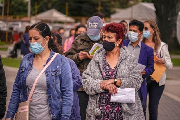 Tỷ lệ tử vong gấp 8 lần mức trung bình thế giới, Nam Mỹ thành tâm dịch Covid-19 mới - ảnh 2