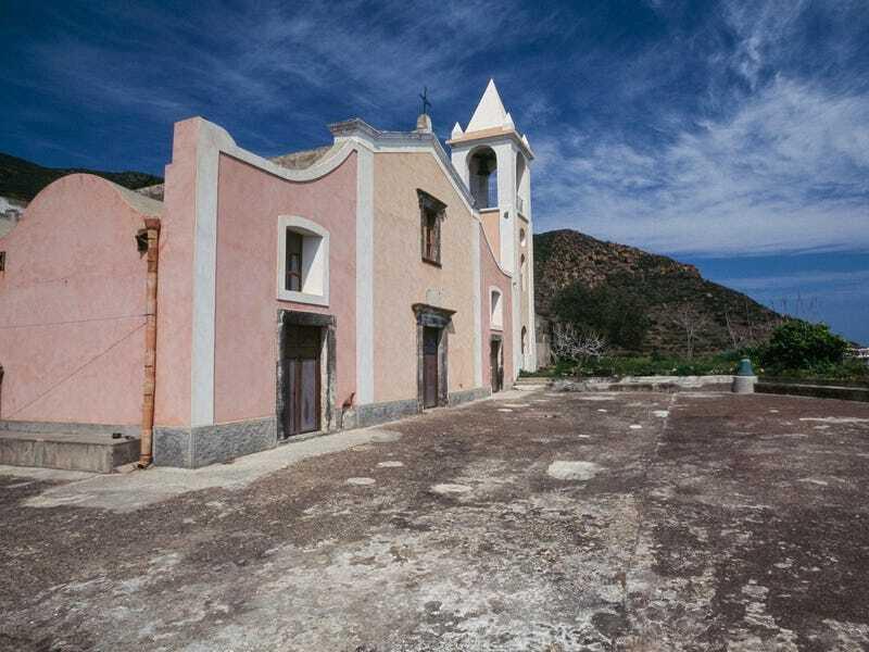 Ý lên kế hoạch biến nhà tù bỏ hoang thành điểm du lịch hút khách trị giá 86 triệu USD - ảnh 3