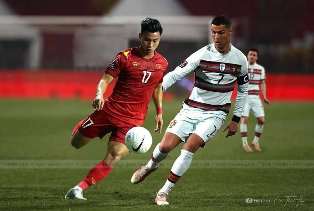 Cơ trưởng kể về các cầu thủ Việt Nam trong chuyến bay trở về từ UAE: 21 ngày nữa sẽ tặng con trai quà đặc biệt - ảnh 8