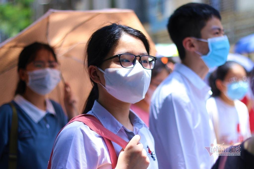 Điểm chuẩn vào lớp 10 THPT tỉnh Thanh Hóa dự kiến tăng: Phụ huynh, học sinh thấp thỏm - ảnh 5