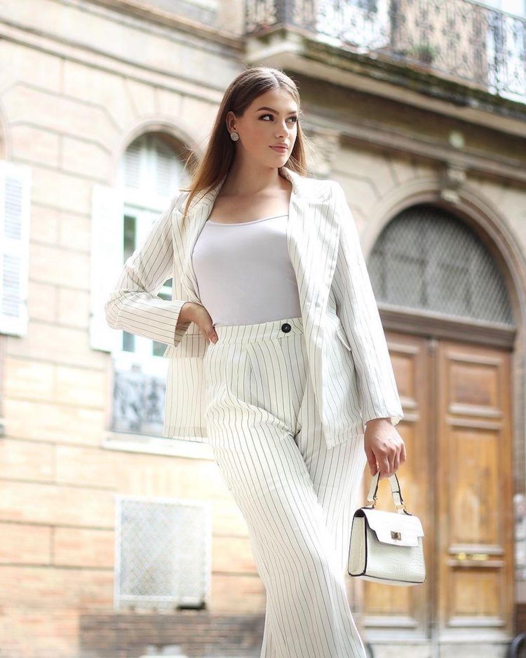 Nhan sắc quyến rũ của tân Hoa hậu Quốc tế Pháp - ảnh 10