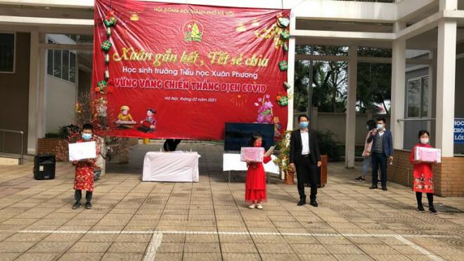 """Những chuyện chưa kể về ngôi trường đầu tiên ở Hà Nội trở thành """"pháo đài"""" cách ly do có học sinh dương tính với SARS-CoV-2 - ảnh 5"""