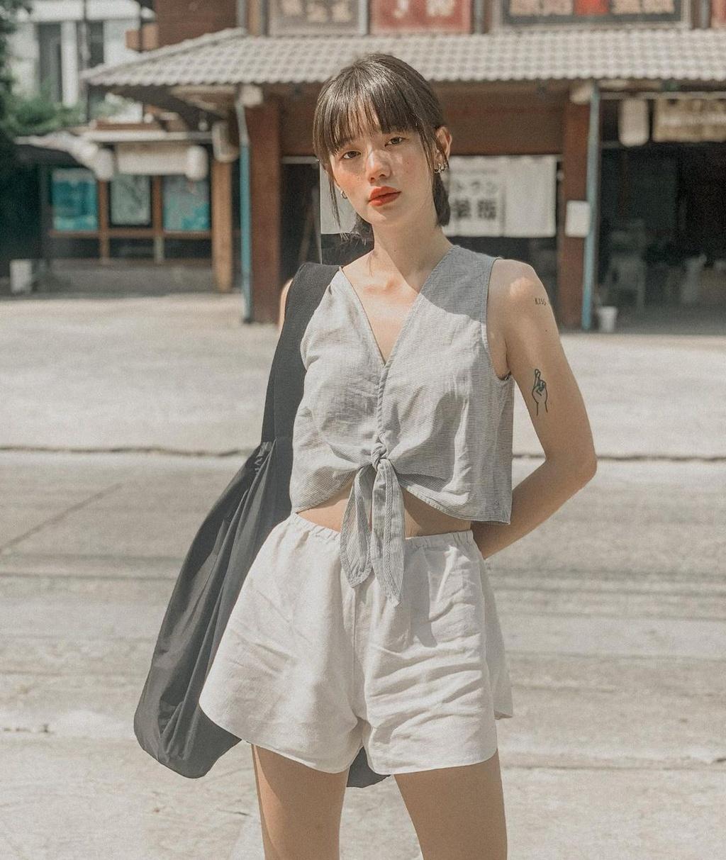 Hot girl Thái Lan có gu ăn mặc nổi tiếng trên mạng - ảnh 13