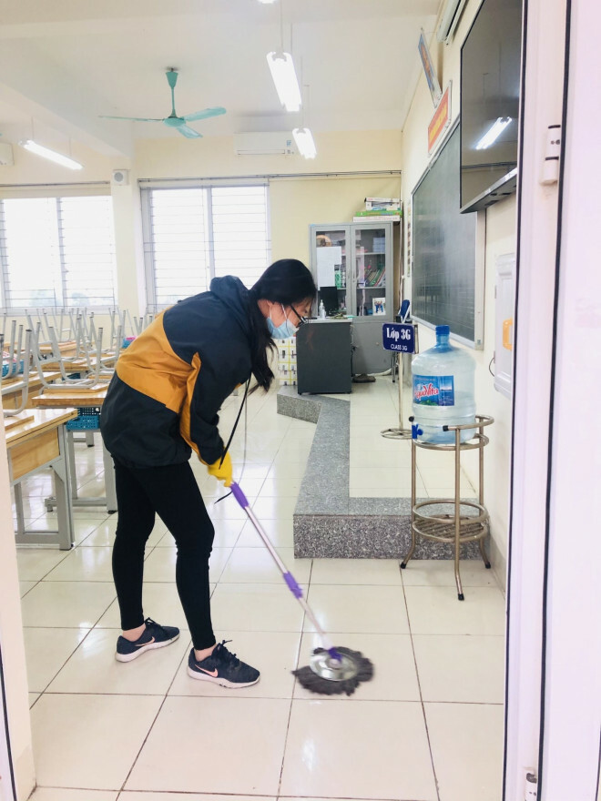 """Những chuyện chưa kể về ngôi trường đầu tiên ở Hà Nội trở thành """"pháo đài"""" cách ly do có học sinh dương tính với SARS-CoV-2 - ảnh 6"""