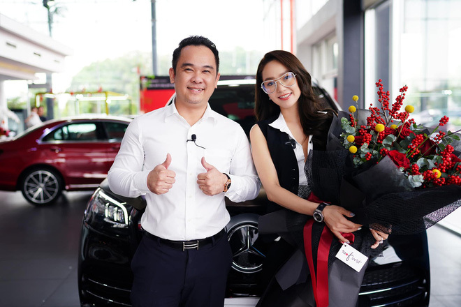 """Tay sales Mẹc """"khét tiếng"""" từng tiếp vị khách chồng nóng 8 tỷ tiền mặt, độ ra chiếc xe dính drama với Ngọc Trinh? - ảnh 12"""