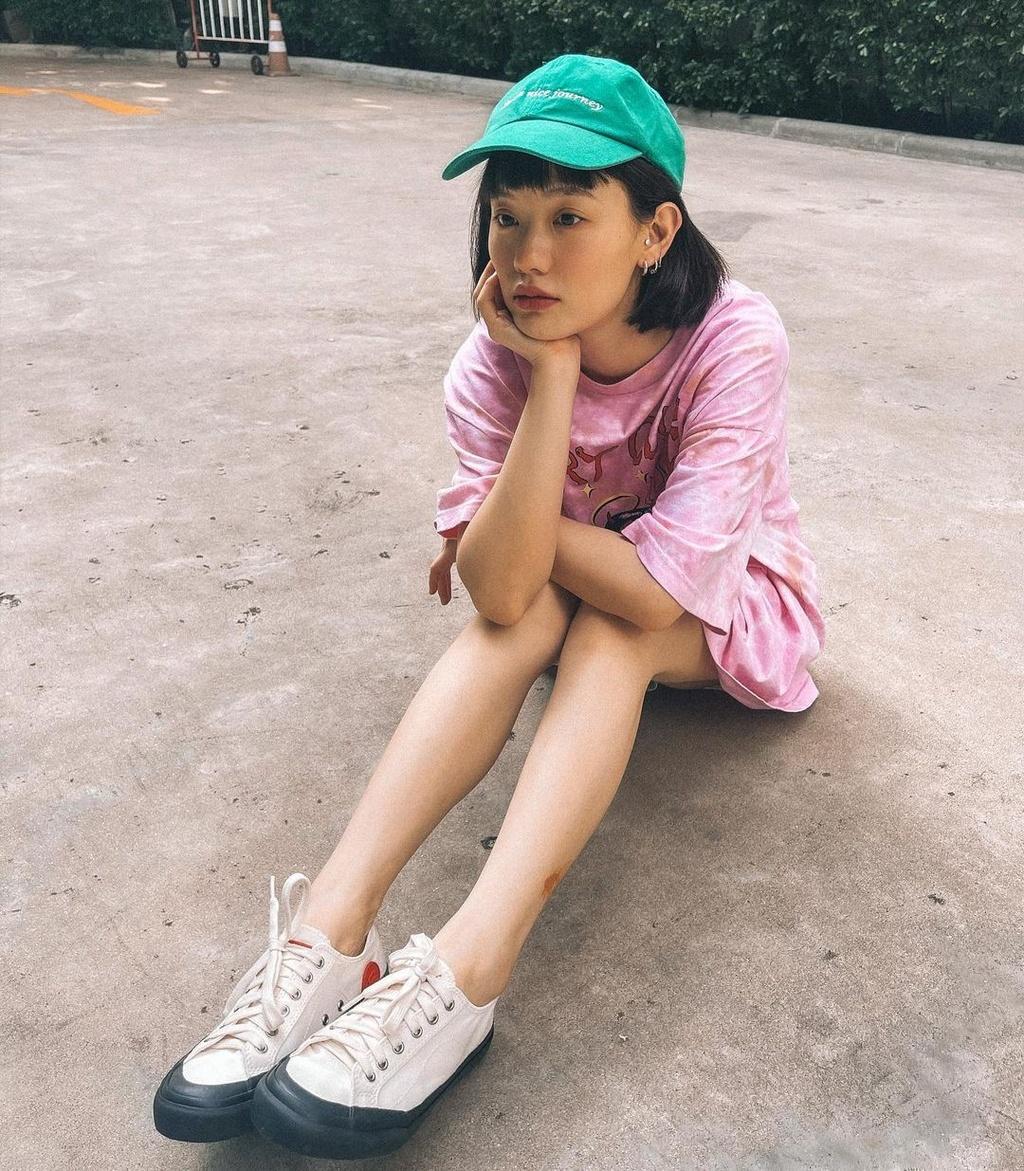 Hot girl Thái Lan có gu ăn mặc nổi tiếng trên mạng - ảnh 7