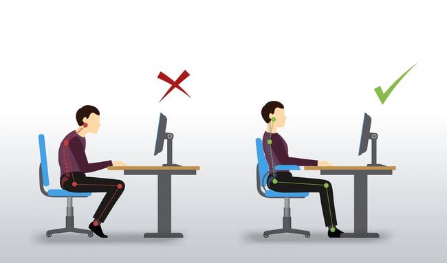 Tư thế ngồi đúng khi làm việc với máy tính là gì? - ảnh 1