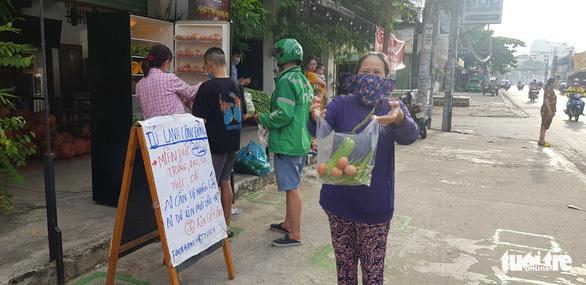 Thương sao cái ''tủ lạnh cộng đồng'' ở Sài Gòn - ảnh 5
