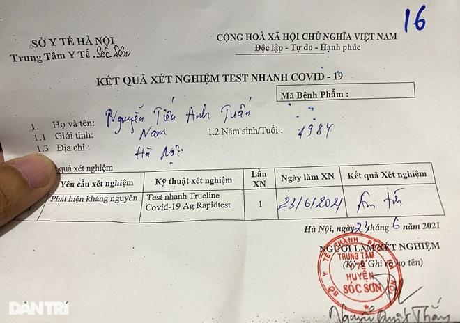 Khách bay từ TPHCM đến Hà Nội phải test nhanh Covid-19 ngay khi hạ cánh - ảnh 10